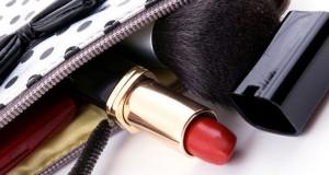 Šta treba izbaciti iz kozmetičke torbice