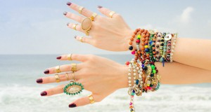 Upadljivi komadi nakita su u trendu